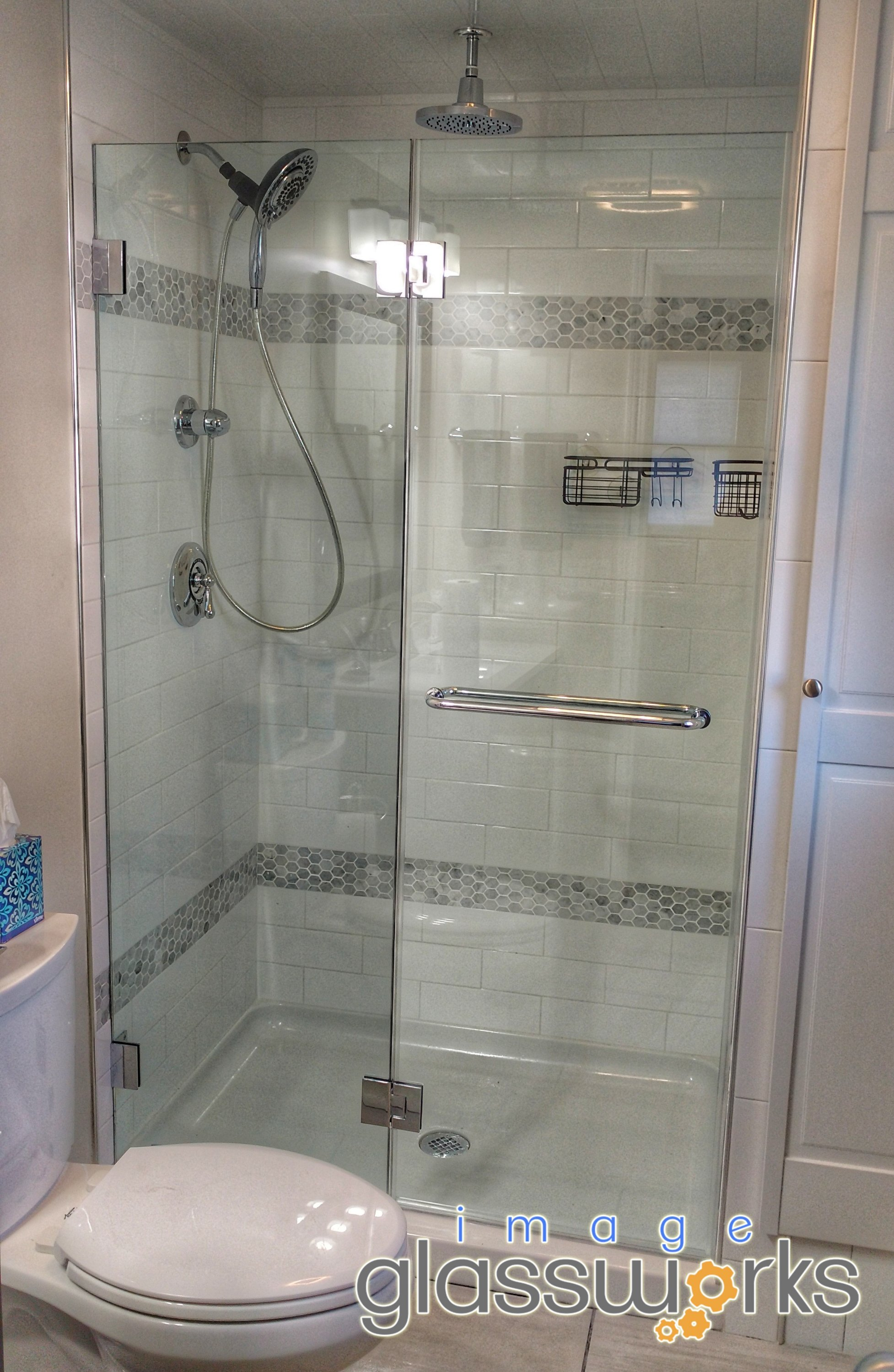 Frameless Door Hinged From Support Panel With Towel Bar