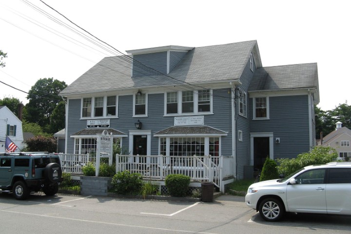 Jack's Wayne's community store